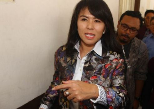 Fifi Lety Indra.