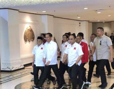 Jokowi hadiri Rakernas Projo.