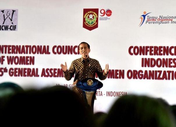 Presiden Joko Widodo membuka acara Temu Nasional Seribu Organisasi Perempuan Indonesia di Yogyakarta (Foto: Rusman - Biro Pers Setpres).