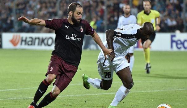 Gonzalo Higuain jadi penentu kemenangan AC Milan di Liga Europa.