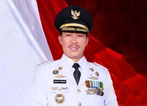 Bupati Cirebon Sunjaya Purwadi Sastra terjaring OTT KPK.