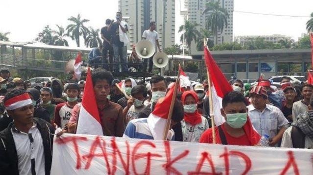 Demo Mahasiswa di Polda Metro Jaya.