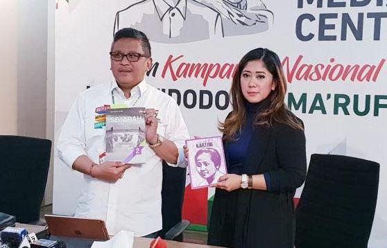 TKN Jokowi - Maruf Amin kirimi Hanum Rais buku sejarah Cut Nyak Dien.