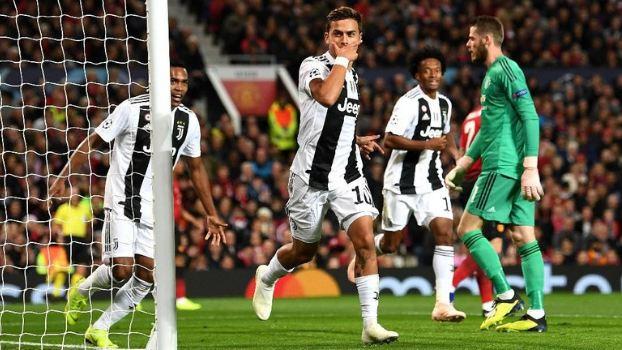 Dybala lakukan selebrasi usai cetak gol ke gawang MU.