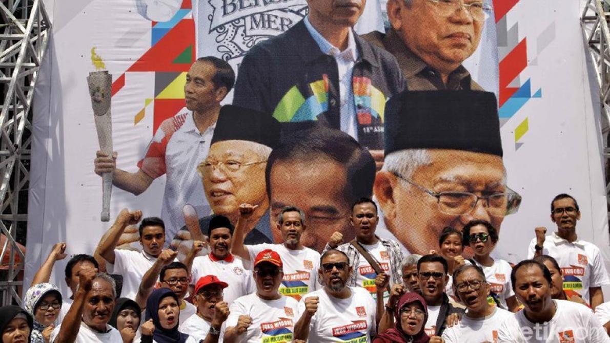 Relawan Jokowi-Ma'ruf.
