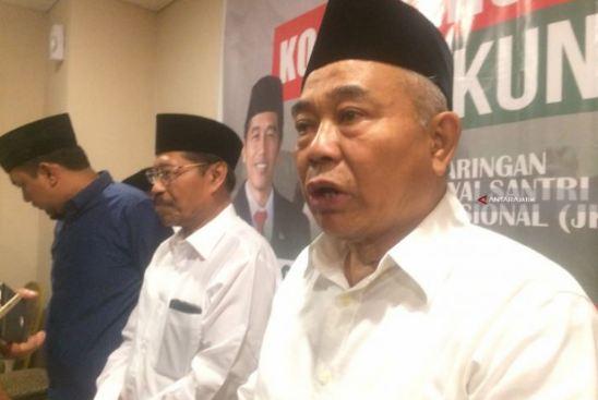 Ketua Dewan Pembina Jaringan Kiai Santri Nasional (JKSN) KH Asep Saifuddin Chalim.