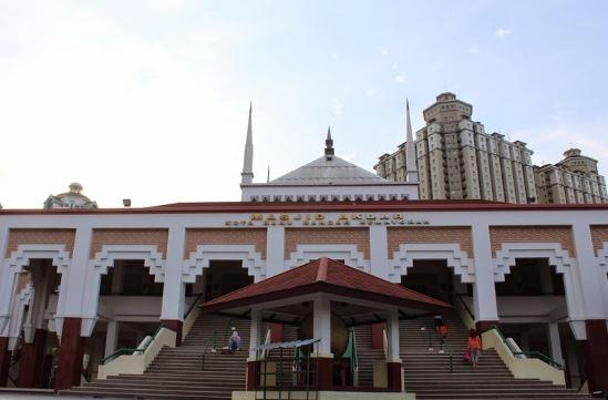 Masjid Akbar Kemayoran.