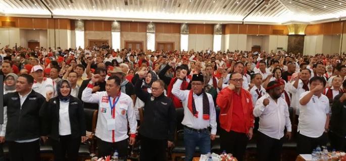 Silaturahmi antara relawan yang tergabung dalam ARJ dihadiri oleh hampir 2.000 peserta.