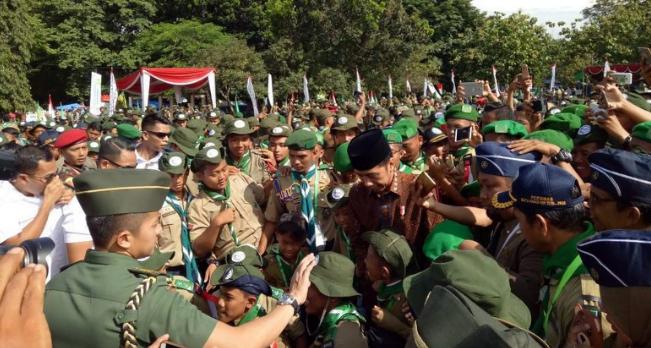Presiden Jokowi di apel 1 abad gerakan Hizbul Wathan.