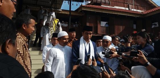 Jokowi di ponpes babussalam langkat.
