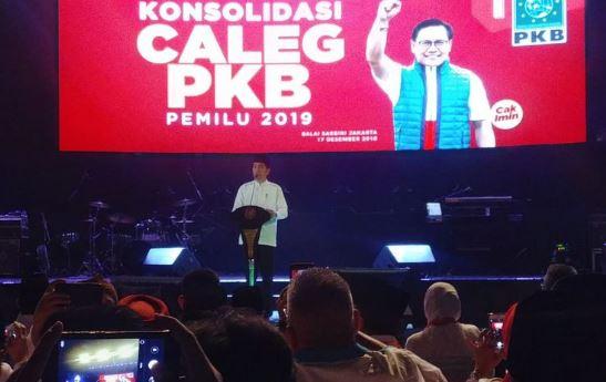 Presiden Joko Widodo saat menghadiri konsolidasi caleg PKB di Balai Sarbini, Jakarta, Senin (17/12/2018).