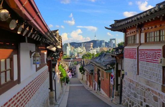 Perkampungan di Kores Selatan.