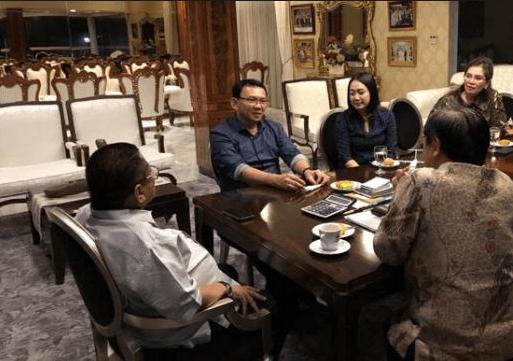 Ahok dan Puput saat sambangi rumah Oesman Sapta Odang.