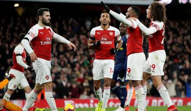 Para pemain Arsenal lakukan selebrasi usai kalahkan Fulham 4-1.