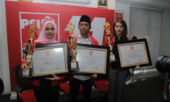 PSI Berikan penghargaan ke Prabowo, Sandiaga dan Andi Arief.