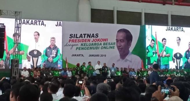 Presiden Jokowi hadiri silaturahmi bareng ojol.