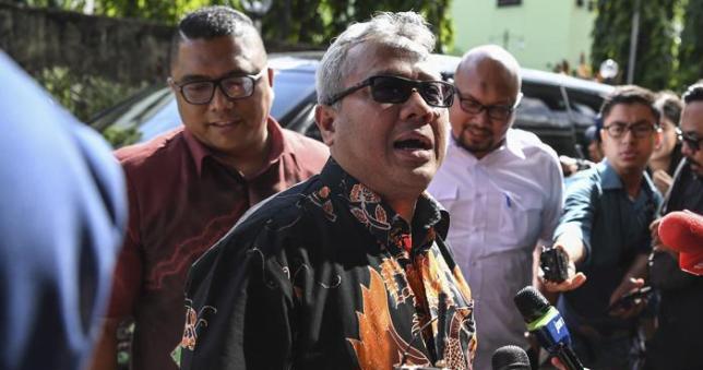 Ketua KPU Arief Budiman datangi Bareskrim laporkan hoaks surat suara tercoblos.