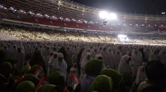 Ribuan jemaah muslimat NU penuhi GBK, Senayan, Jakarta, Minggu (27/1/2019). (NU)