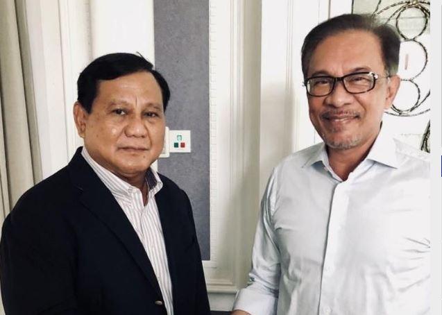 Prabowo saat bertemu Anwar Ibrahim (Twitter Anwar Ibrahim).