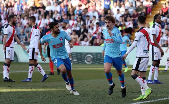 Griezmann lakukan selebrasi usai cetak gol ke gawang Rayo Vallecano.