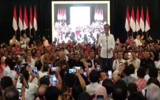 Presiden Jokowi saat temu Paguyuban Pengusaha Jawa Tengah dengan Joko Widodo, di Semarang, Sabtu (2/2/2019).