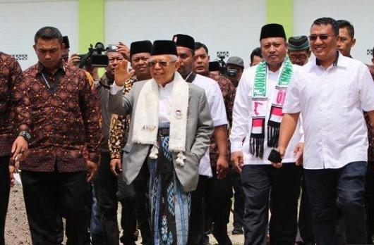 Maruf Amin di Pondok Pesantren An-Nawawi Tanara, Serang, Banten.