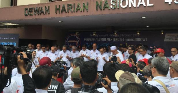 Almni Menteng 64 saat deklarasi dukung Jokowi-Ma'ruf.