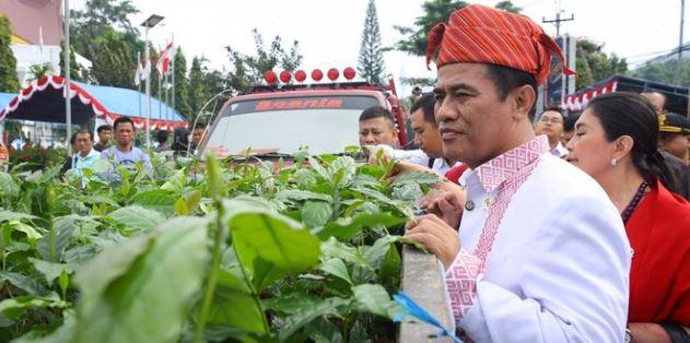 Menteri Pertanian Andi Amran Sulaiman melakukan kunjungan kerja ke Tana Toraja.