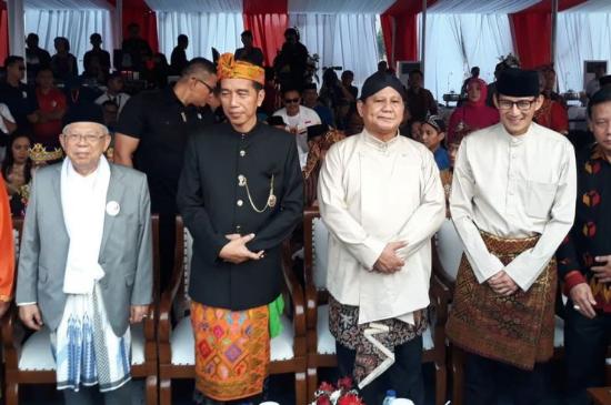 Jokowi-Ma'ruf dan Prabowo-Sandi.