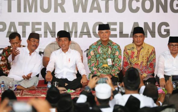 Presiden Jokowi di Pondok Pesantren Salafi Asri, Tegalrejo, Kabupaten Magelang, Sabtu (23/3).