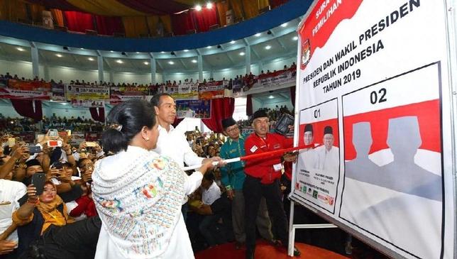 Jokowi saat kampanye di Balikpapan, Kaltim.