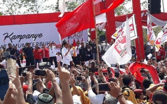 Jokowi kampanye di Pontianak.