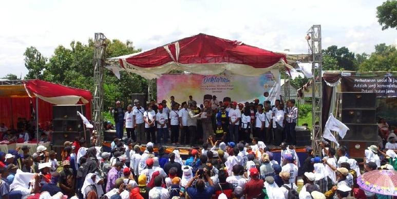Dukungan petani hutan untuk Jokowi.