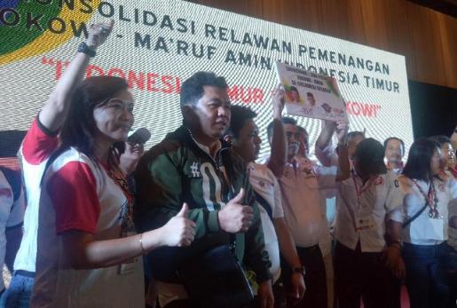 Relawan Jokowi-Ma'ruf menghadiri konsolidasi pemenangan di kawasan Indonesia timur. Mereka juga launching 1.200 posko pemenangan di Sulsel.