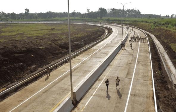 Jalan Tol Pandaan-Malang.