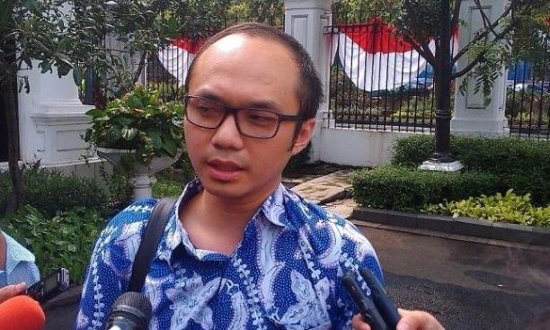 Yunarto Wijaya.