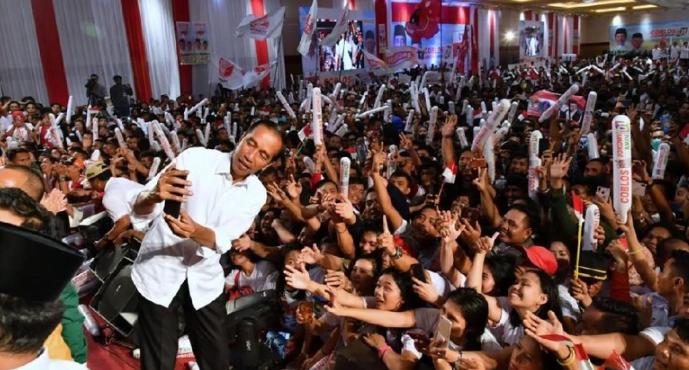 Jokowi kampanye di Kalimantan Tengah.