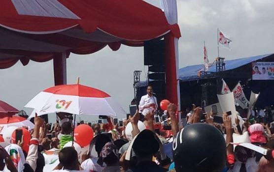 Jokowi kampanye di Cirebon.