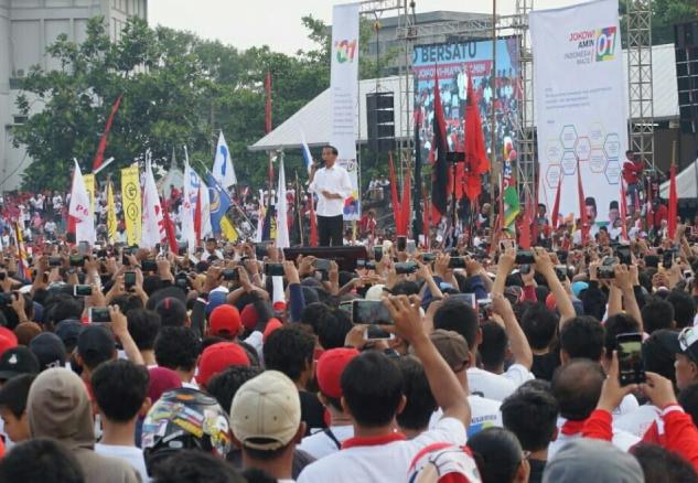 Jokowi saat kampanye di Solo.