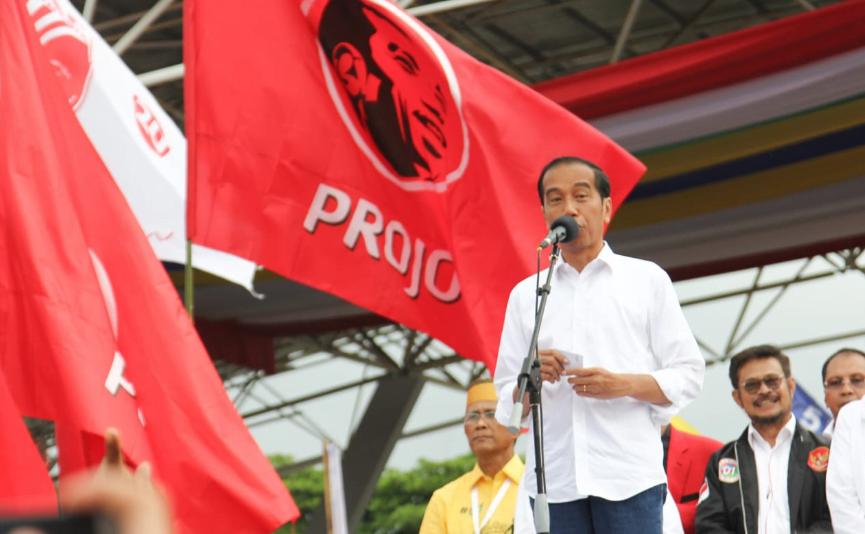 Jokowi saat kampanye di Makassar.