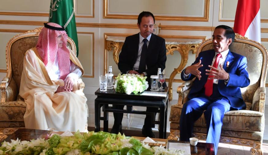 Presiden Jokowi dan Menteri Muda urusan Luar Negeri Kerajaan Arab Saudi Adel Al Jubeir.