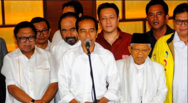 Jokowi saat jumpa pers di Menteng, Jakarta Pusat.
