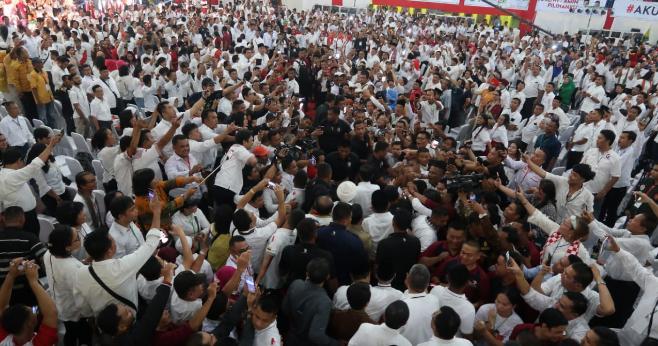 Massa pendukung Jokowi.