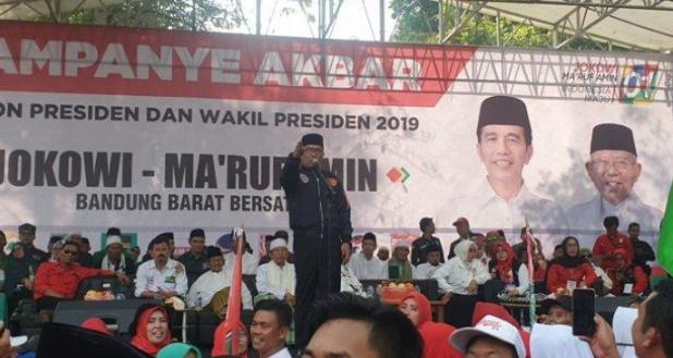 Kang Emil itu saat menemani Cawapres Ma'ruf Amin kampanye di Lapangan PN Kertas, Padalarang, Jawa Barat, Selasa (9/4/2019).