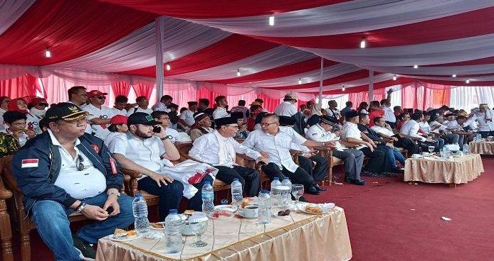 Sejumlah tokoh Minang, tokoh agama serta Kepala Daerah tampak hadir di kampanye akbar Jokowi-Ma'ruf di Kawasan Cimpago, Kota Padang, Provinsi Sumatera Barat (Sumbar), Selasa (09/4/2019).