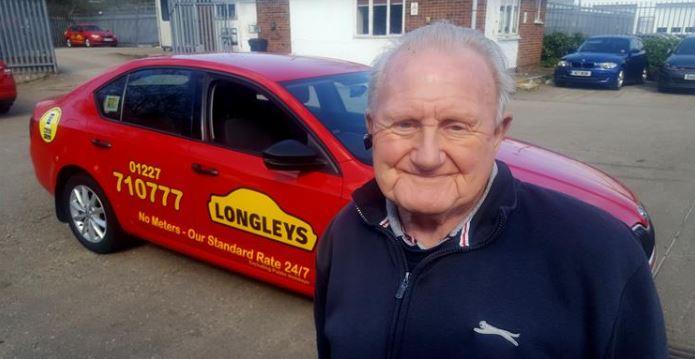Barrie George menjadi supir taksi selama 26 tahun. Softnews.net
