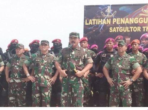 Panglima Tentara Nasional Indonesia ( TNI) Marsekal TNI Hadi.