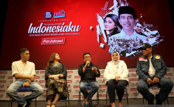 Gerakan alumni Trisakti saat luncurkan lagu berjudul 'Tersenyumlah Indonesia' untuk calon Presiden nomor urut 01.