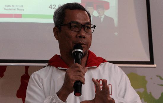 Usman Kansong.