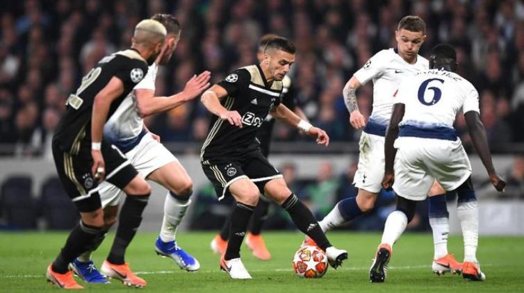Ajax Amsterdam kalahkan Tottenham Hotspur di leg pertama semifinal Liga Champions, Rabu (1/5/2019). (Foto: Shaun Botterill/Getty Images)
